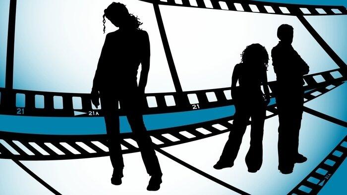 NRJ12, Les vacances des Anges 4, Interdit aux moins de 10 ans, 18h15 - 19h10, Divertissement, Accéder à la TV en direct