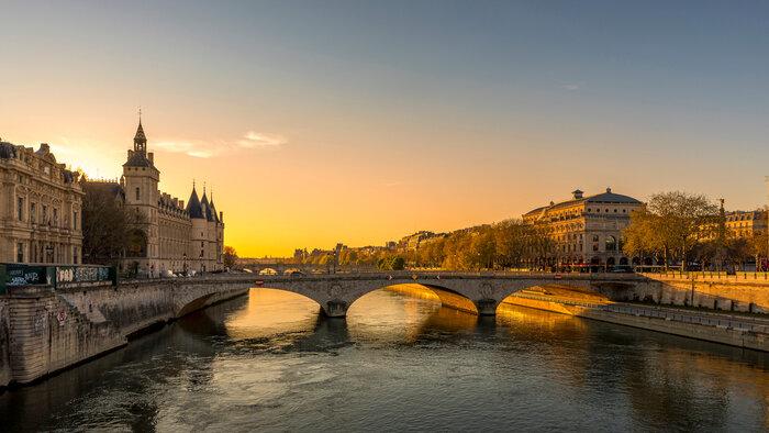 Se baigner dans la Seine, le pari(s) impossible ?