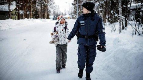 Arctic Circle S01
