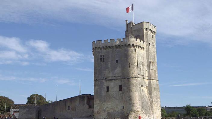 L'Espagne de Gaudi / Albanie / La Rochelle