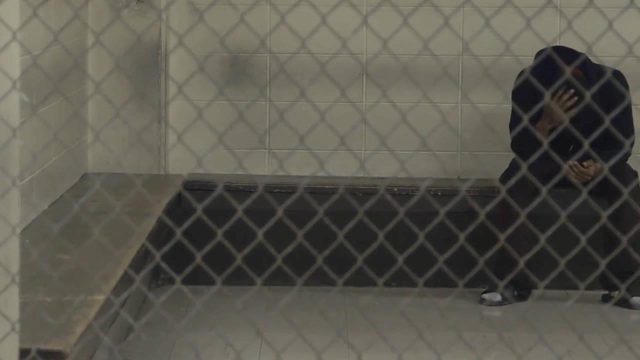 02. Mettre fin aux incarcérations des personnes