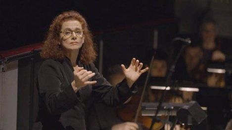 Emmanuelle Haïm, la femme-orchestre