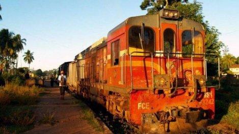 Madagascar, le petit train des Hautes...