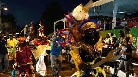 Trinidad et Tobago, ciment de la Rainbow Nation