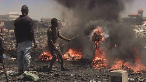 Ghana : dans l'enfer des déchets