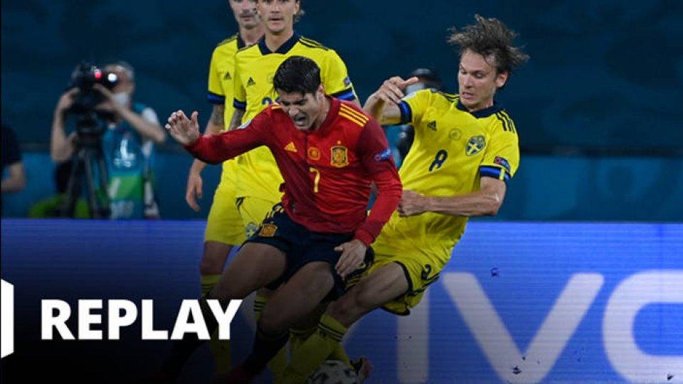 Football - EURO - Espagne / Suède