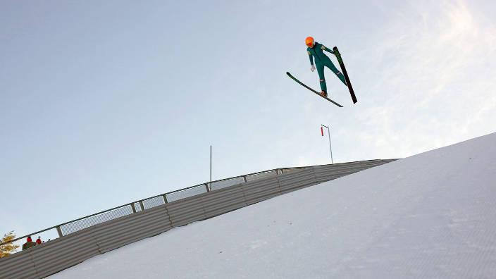 GEO Reportage - Le saut à ski féminin prend son