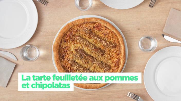 La tarte feuilletée aux pommes et chipolatas