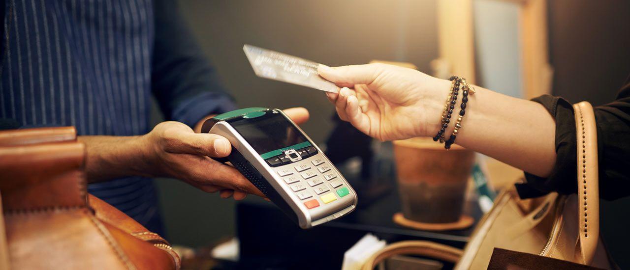 Le paiement par carte : de nombreux avantages pour les commerçants