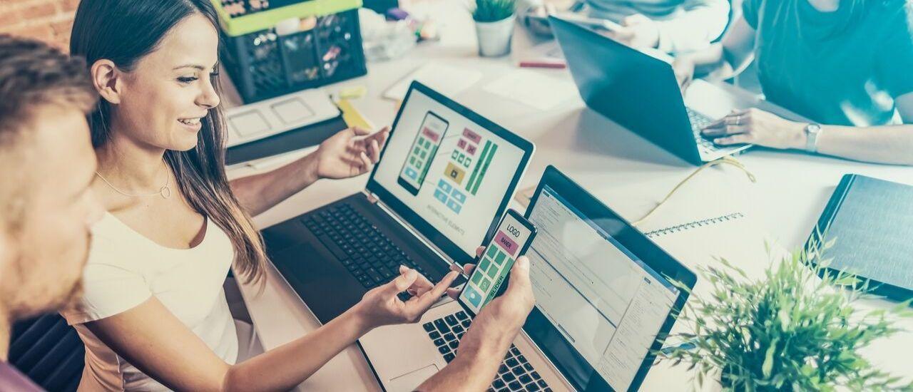 Faut-il choisir un site web clé-en-main ou en faire un soi-même ?