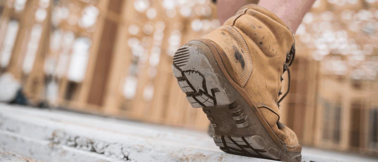 Izome, des chaussures connectées adaptées aux travailleurs isolés