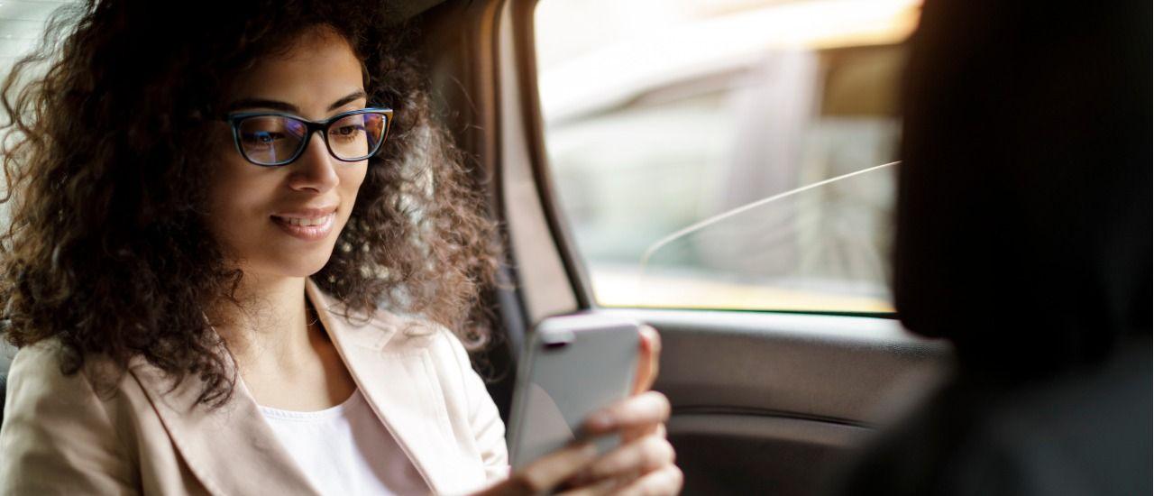 Déplacement professionnel : optimisez l'utilisation de votre mobile !