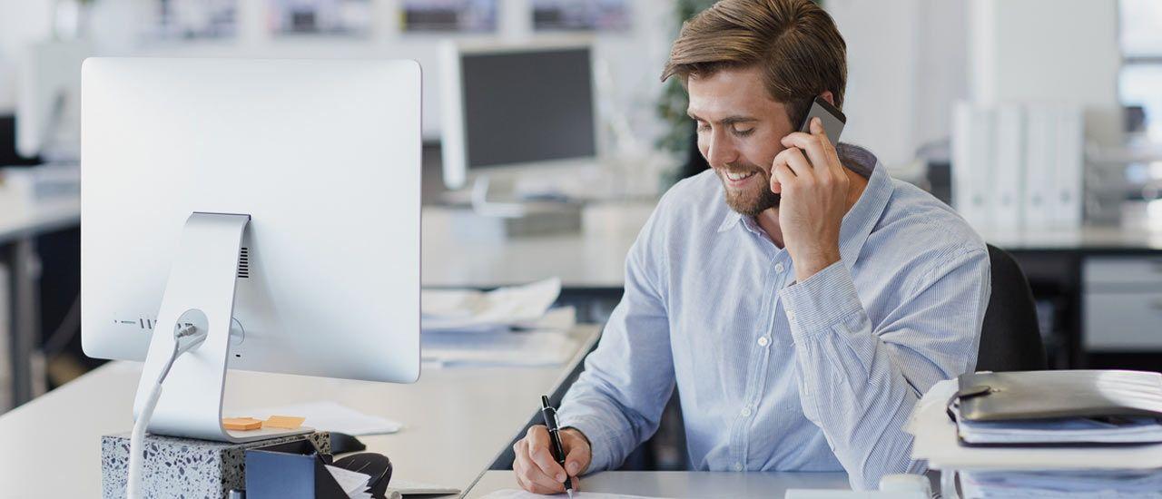 Les mauvais réflexes liés au smartphone au bureau