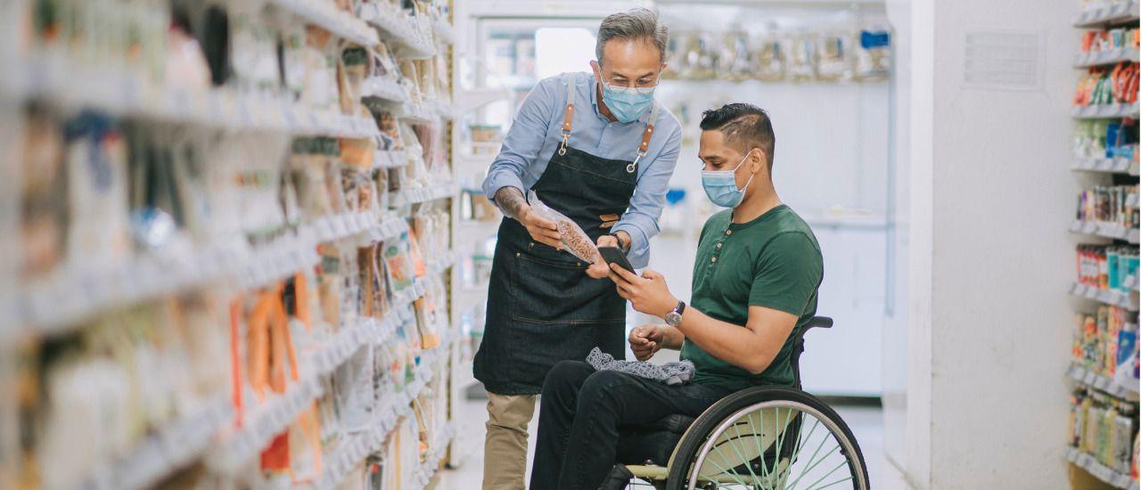 Accessibilité : comment bien accueillir les clients handicapés et seniors dans votre boutique ?