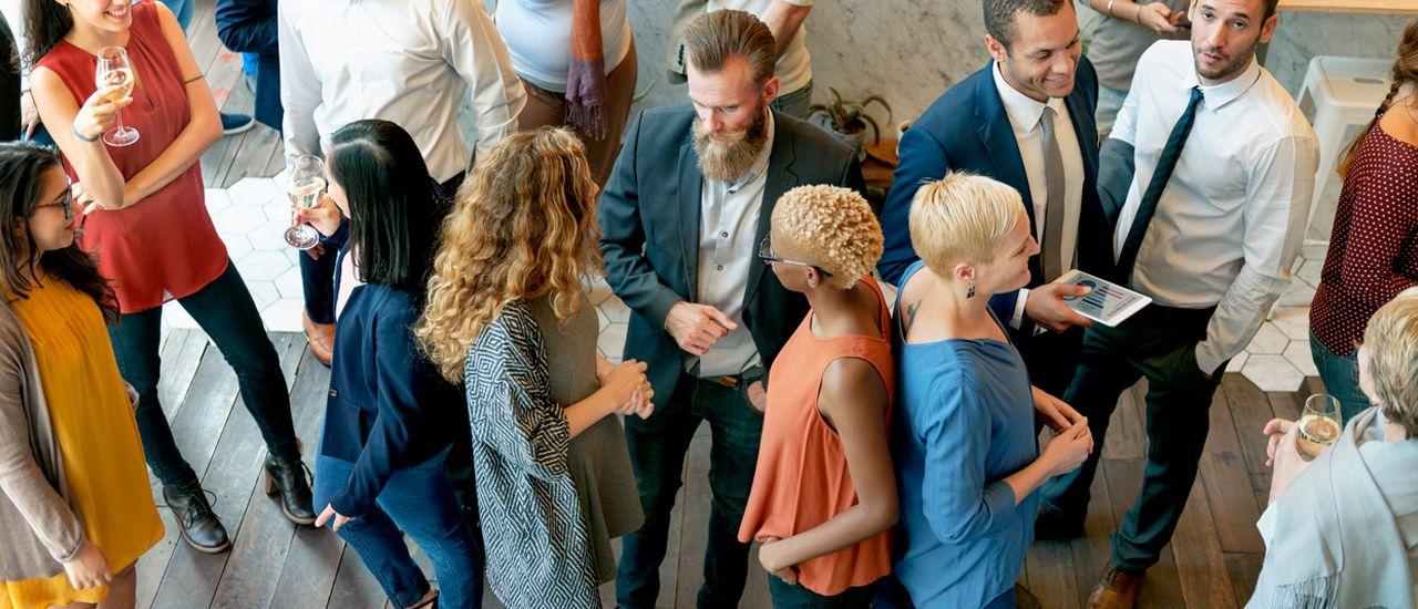 Développer et entretenir son réseau : les conseils de pros