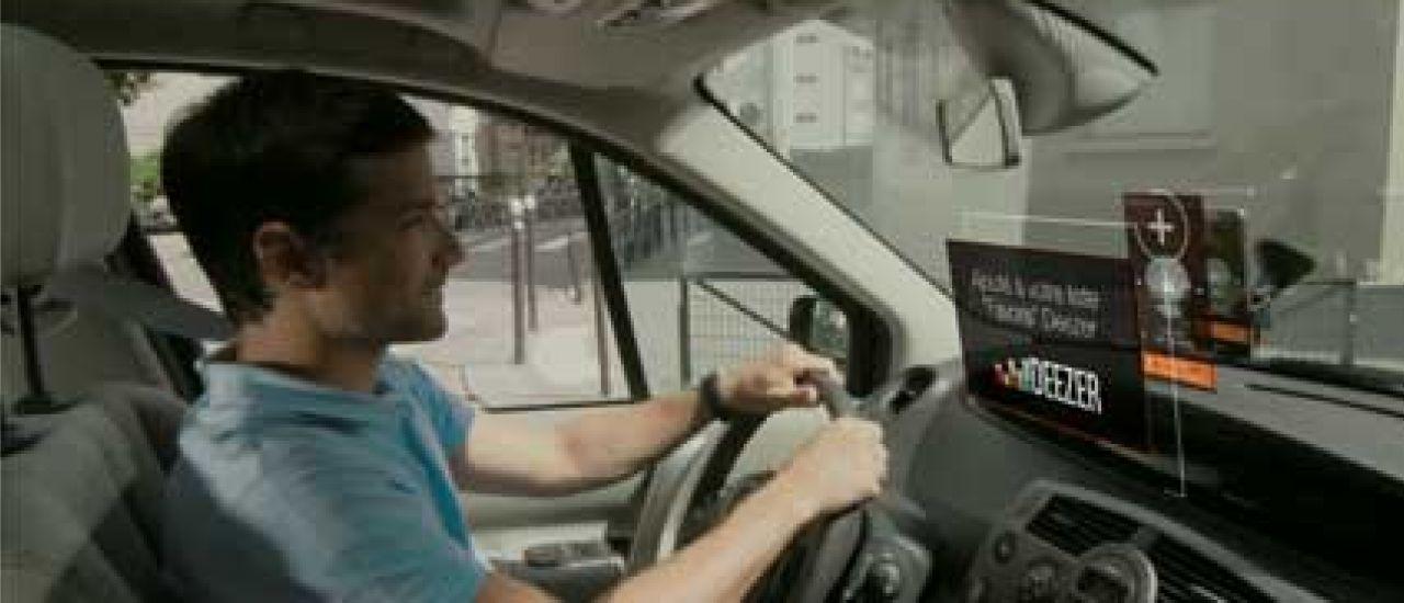 Une voiture connectée pour tous les usagers