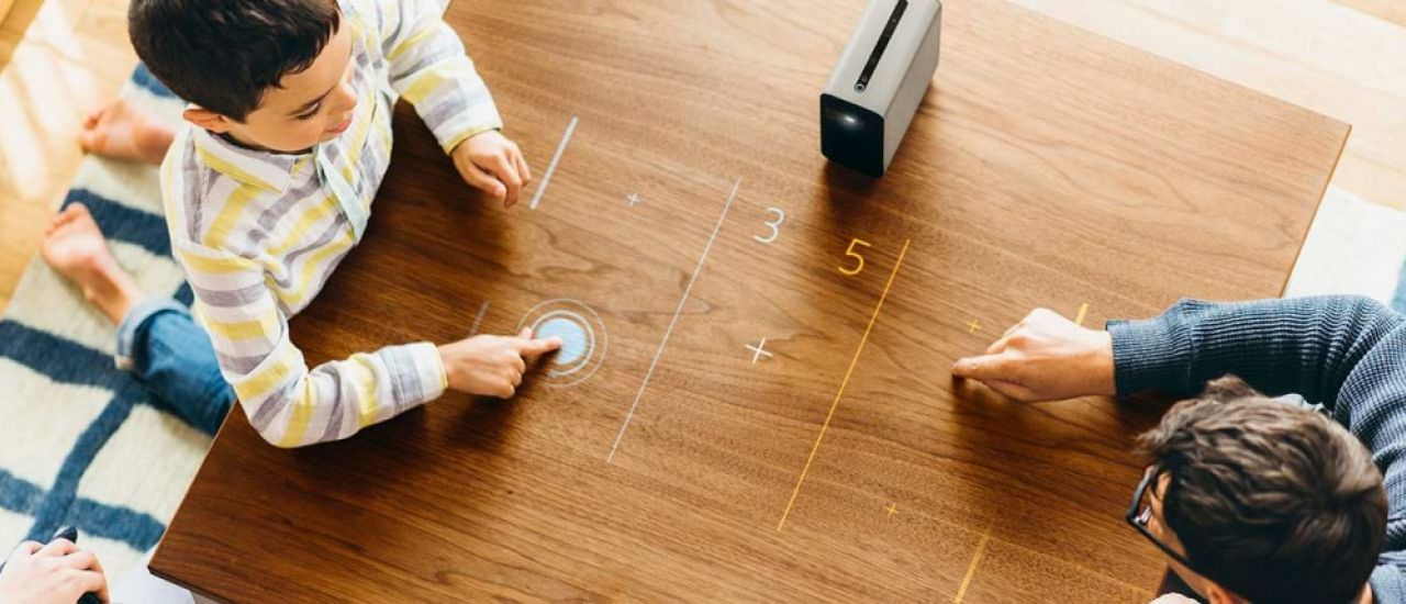 Sony Xperia Touch : transformez votre bureau en écran tactile