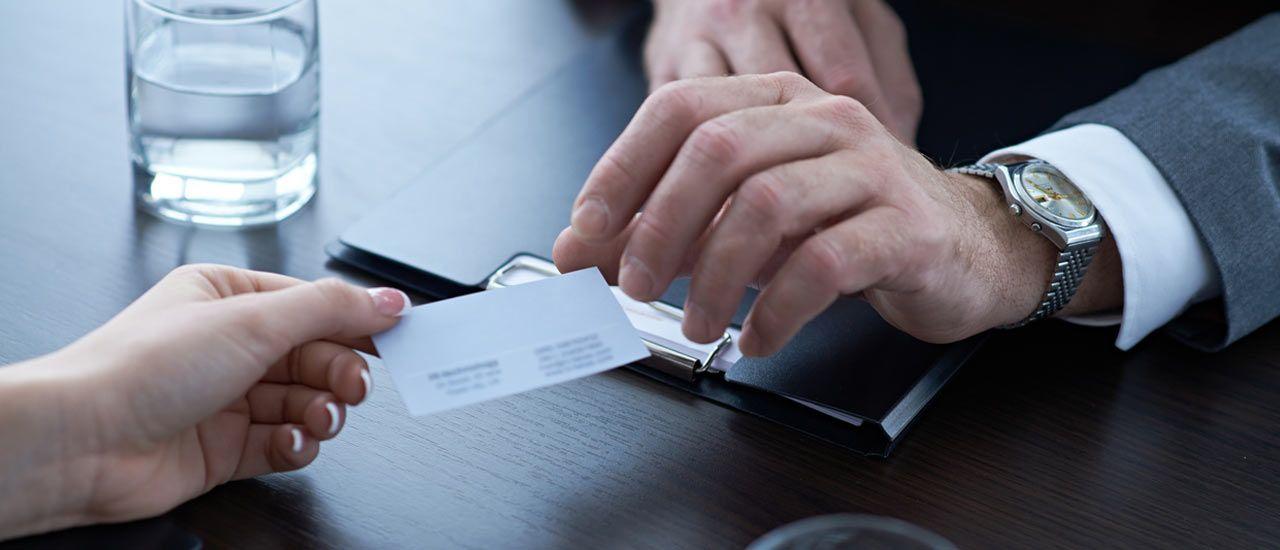 Astuce : scannez vos cartes de visite