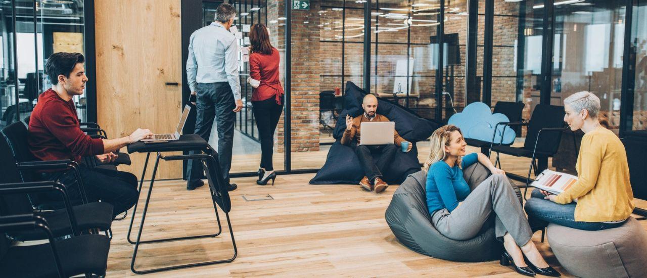 Aménager son espace de travail pour être mieux au bureau