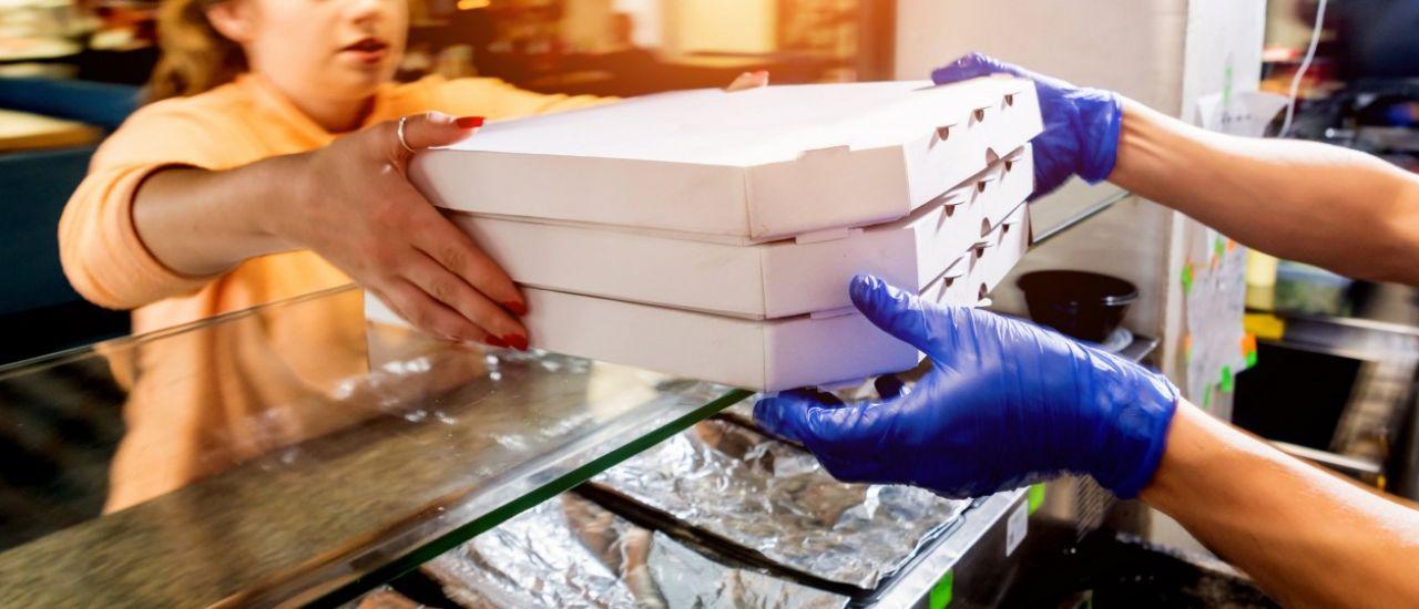 Restaurateurs, faut-il passer par une plateforme de livraison ?