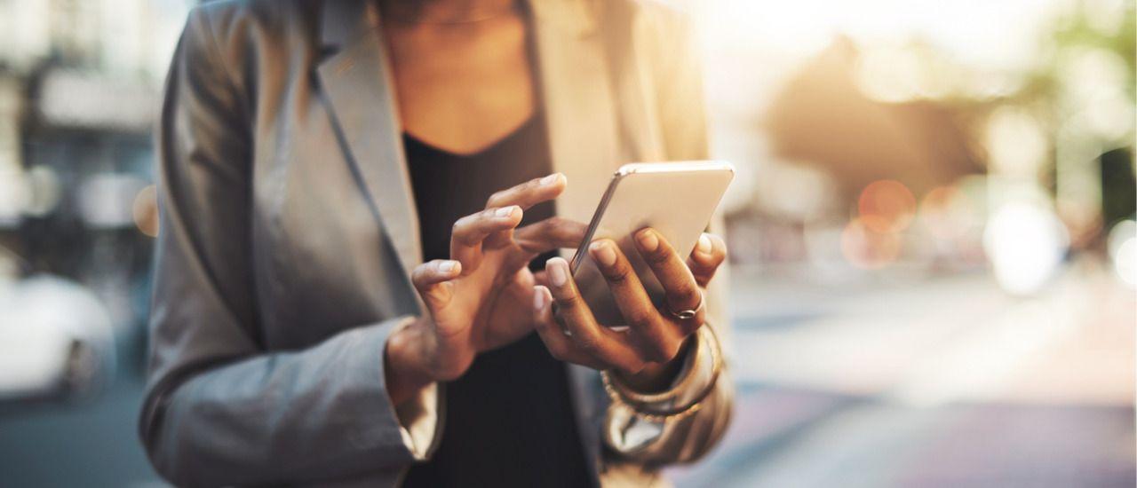 Transférez les appels de votre fixe vers votre mobile avec Orange Téléphone pro